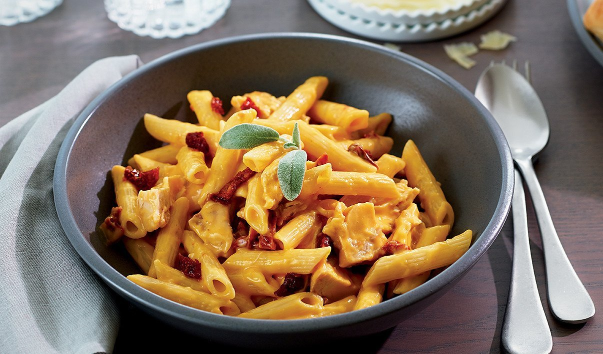 Winter Chicken Pasta with Sun-Dried Tomato and Squash Sauce